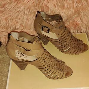 Brown Vince Camuto sandal